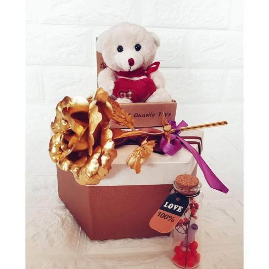 """Подаръчен комплект за 8 март """" Bear in love"""""""